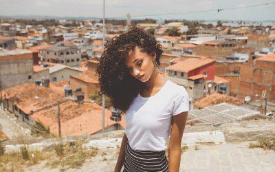 Quels Sont les Différences entre Lissage Brésilien et Botox Capillaire ?